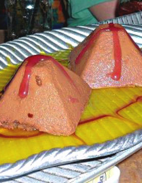 Volcano Dessert {Spirit of Aloha Dinner Show}