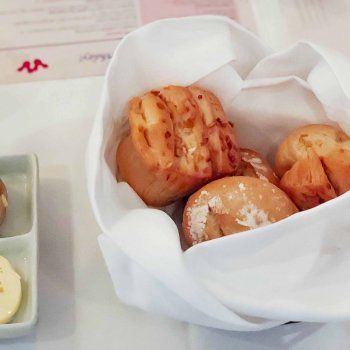 Onion Pull-Apart Rolls {Yachtsman Steakhouse}