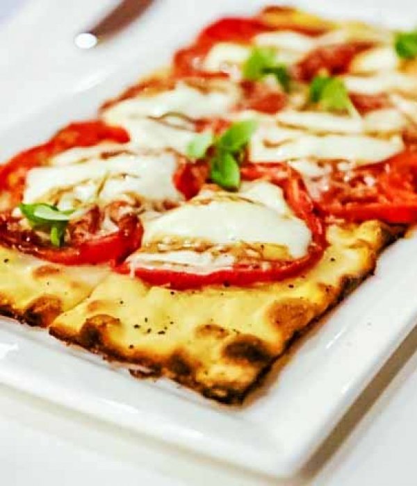Oven-Dried Tomato Flatbread {California Grill}